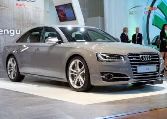 Новая заряженная Audi S8