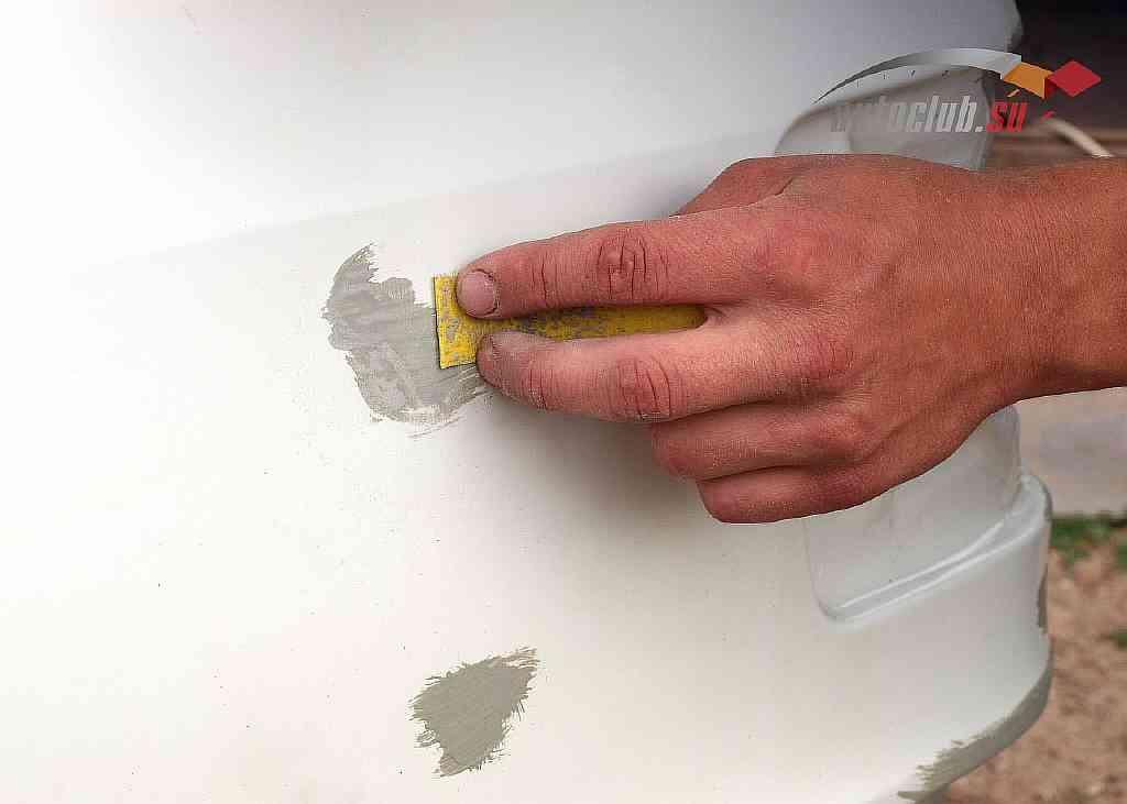 Шпаклевка для пластмассовых элементов: свойства, технология нанесения, предложения компаний
