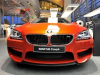 Orange BMW M6 2013