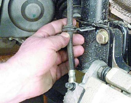 Снятие тормозных колодок ВАЗ 2109