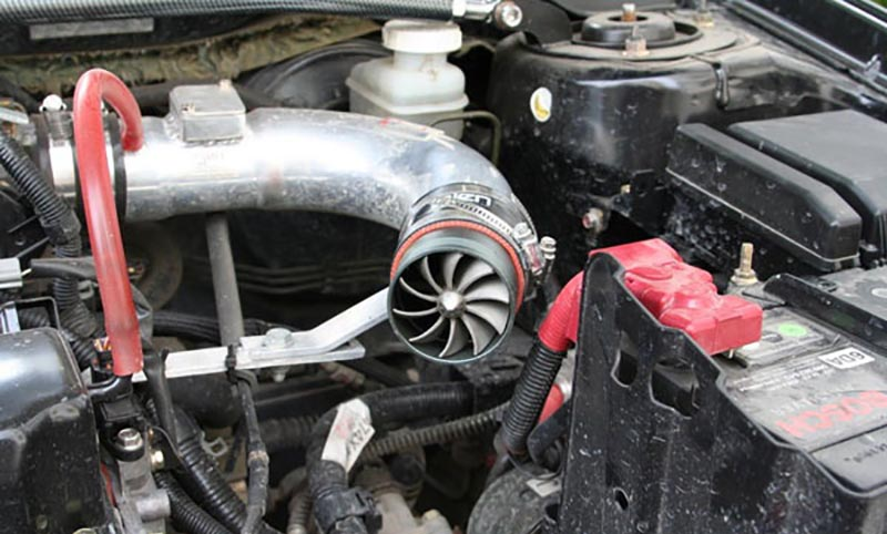 Электрический нагнетатель на машине