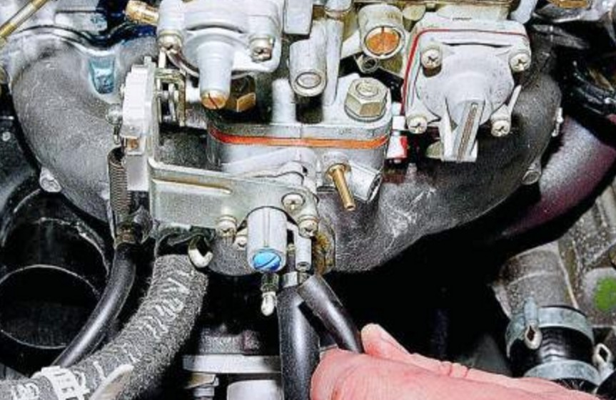Снятие шланга электромагнитного клапана
