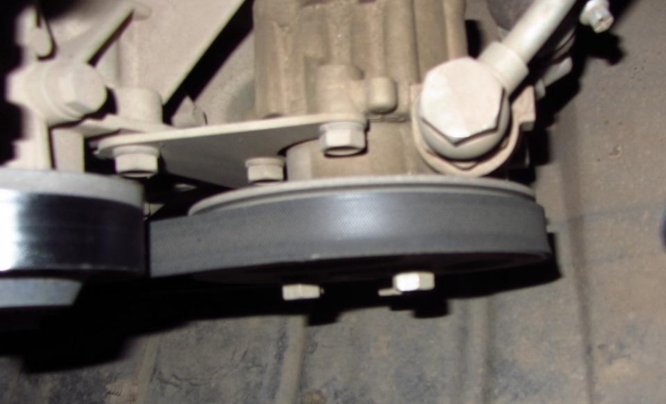 Съём приводного ремня помпы двигателя ЗМЗ 405