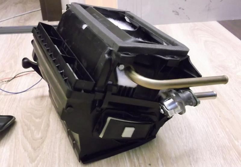Как снять и заменить печку на ВАЗ 2107