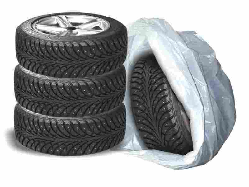 Упаковка шин в пакеты для хранения
