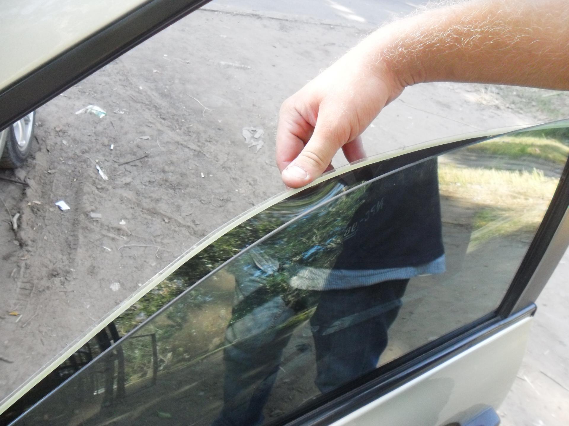 Как изготовить и наклеить съёмную тонировку на автостёкла