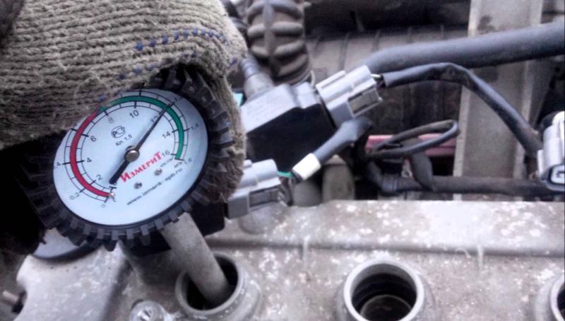 Измерение компрессии в цилиндрах двигателя — проверенная методика обнаружения неисправностей своими руками