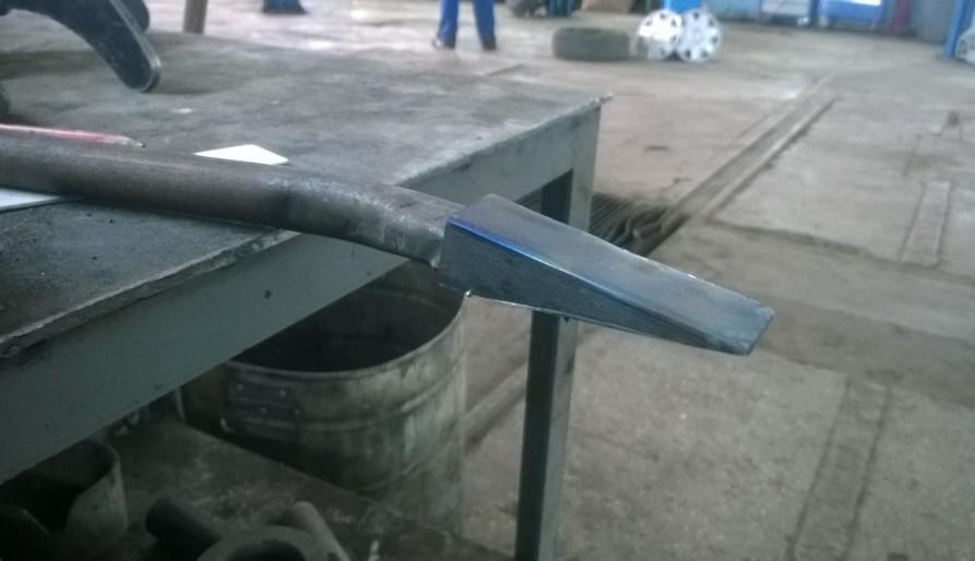 Квадратная труба приваривается к круглой