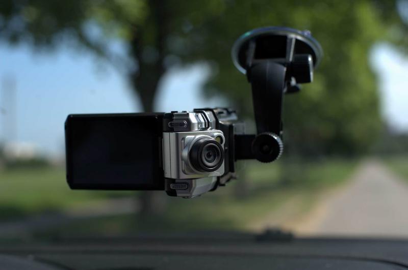 Как подключить видеорегистратор в машине без использования прикуривателя и проводов