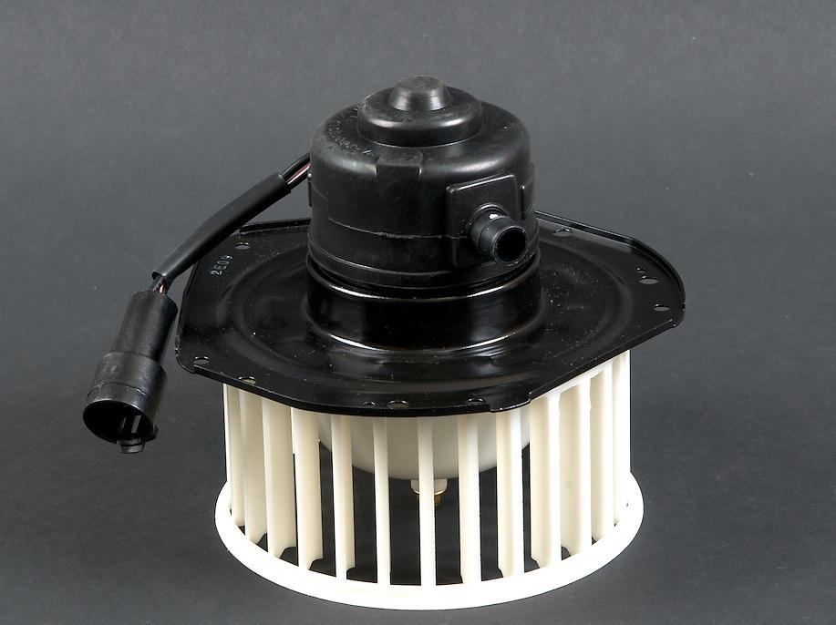 Электродвигатель печки авто «Дэу Нексия»