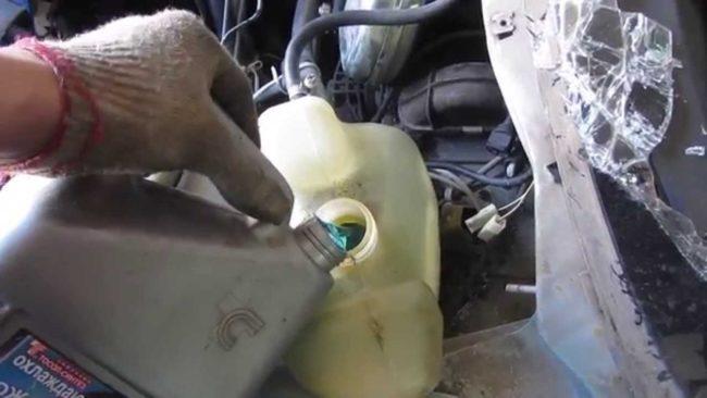 Последний этап ремонта по замене радиатора отопителя