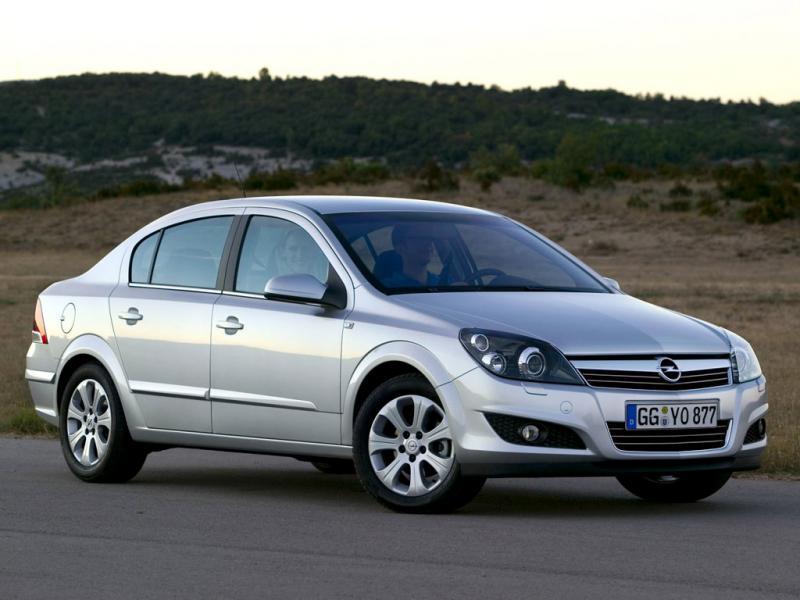 Особенности замены помпы Opel Astra