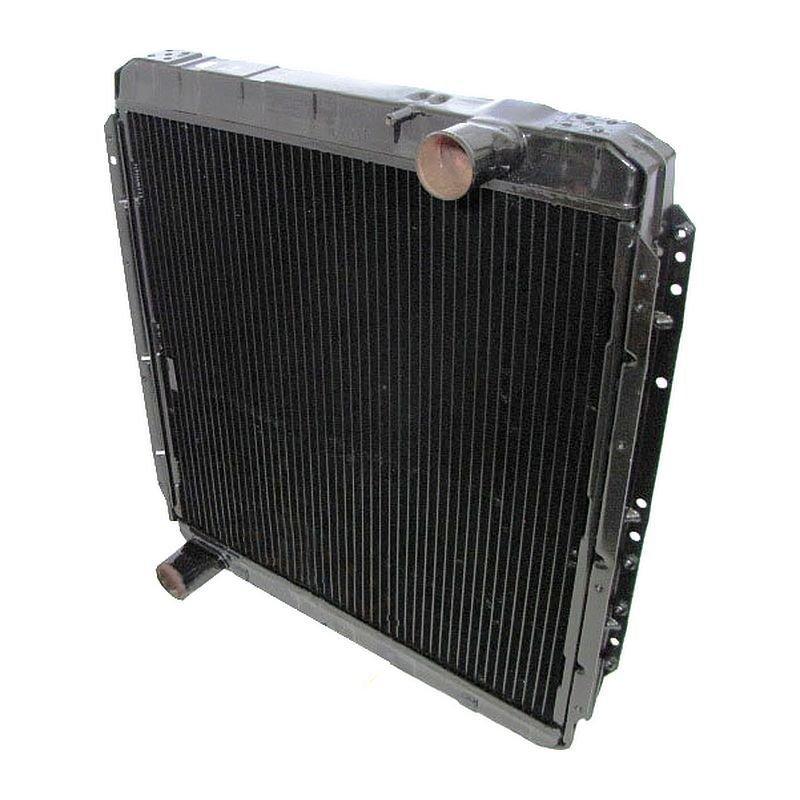 Радиатор автомобиля КАМАЗ