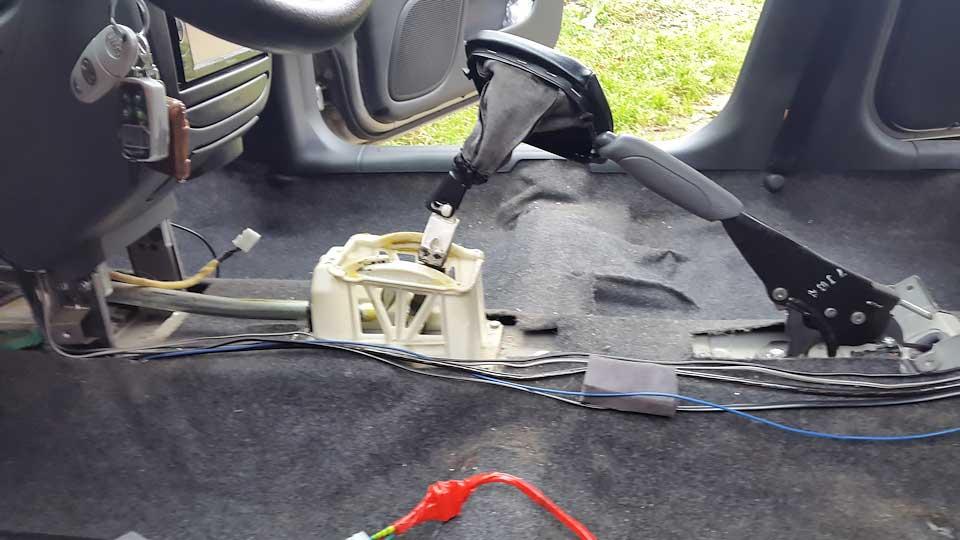 Салон Chevrolet Lanos при демонтаже радиатора печки